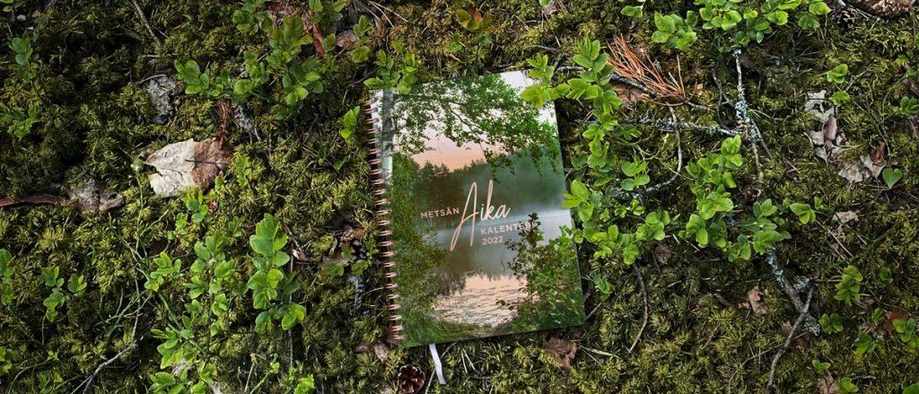 Metsän aika -kalenteri 2022