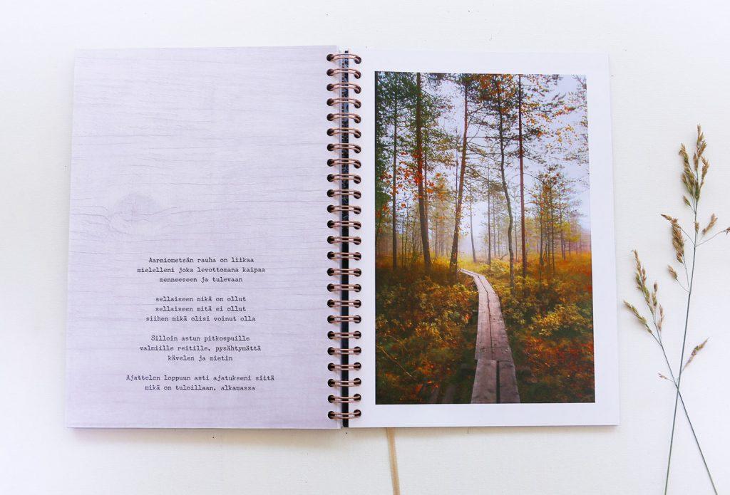 Metsän aika 2022 vuosikalenteri